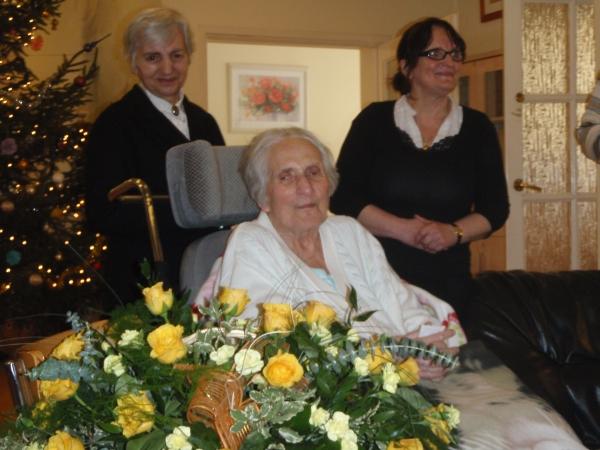 Oglądasz obraz z artykułu: 84 urodziny pacjentki, pani dr Haliny Jastrzębskiej
