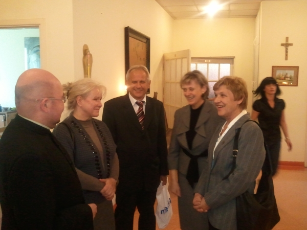 Oglądasz obraz z artykułu: Wizyta ks. biskupa Edwarda Dajczaka